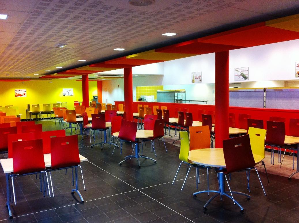 Un restaurant scolaire de qualit au coll ge descartes de for Formation restauration scolaire